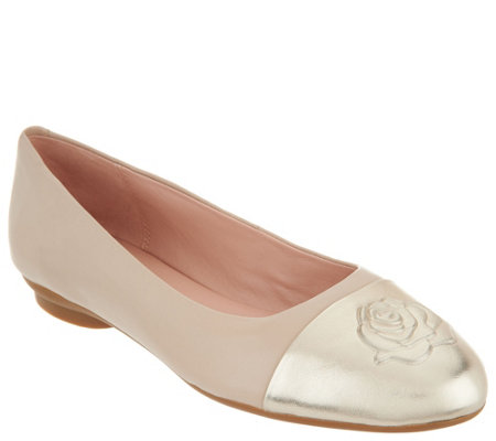 As Is Taryn Rose Leather Ballet Flats Annabella