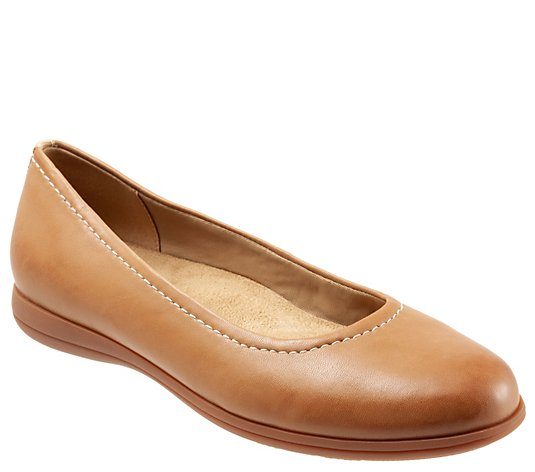 Trotters Arch Support Leather Flats - Darcey
