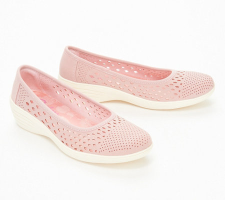 As Is Skechers Kiss Laser Cut Skimmer Wedges