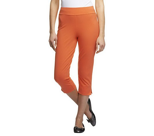 Women with Control Petite Contour Waist Pull-On Capri Pants