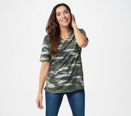 Quacker Factory V-Neck Camo Printed Elbow-Sleeve Top w Grommets
