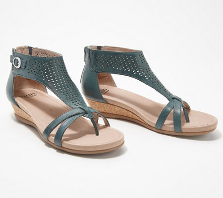 Earth Leather Perforated Wedges - Pisa Olea