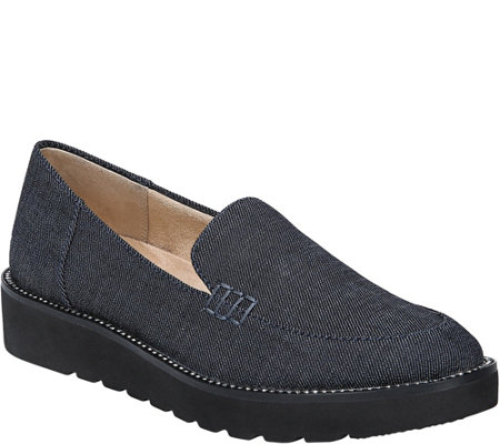 Naturalizer Flatform Loafers Andie