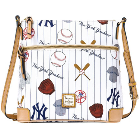 Dooney & Bourke MLB Yankees Crossbody