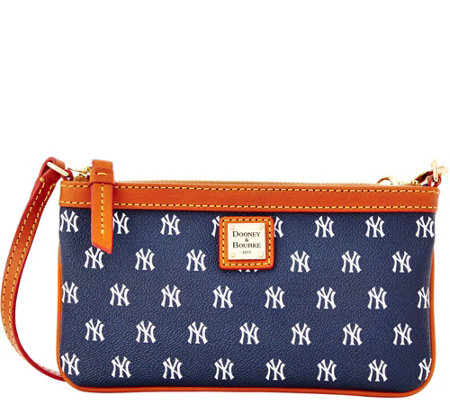 Dooney & Bourke MLB Yankees Large Slim Wristlet