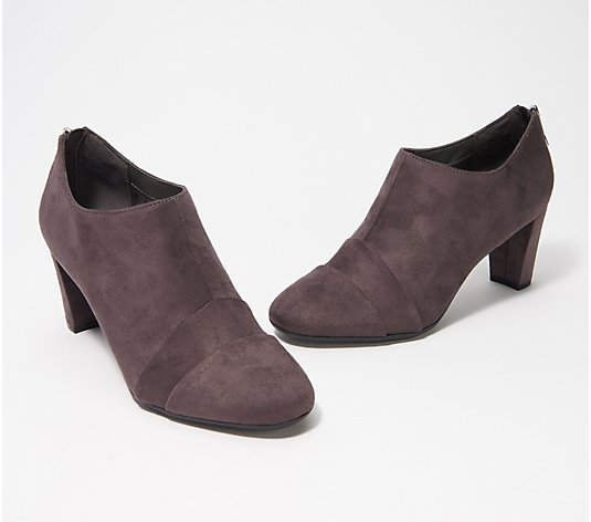 Aerosoles Shootie w/ Seam Details - Central Avenue