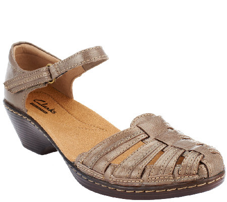 Clarks Leather Fisherman Sandals - Wendy Suite
