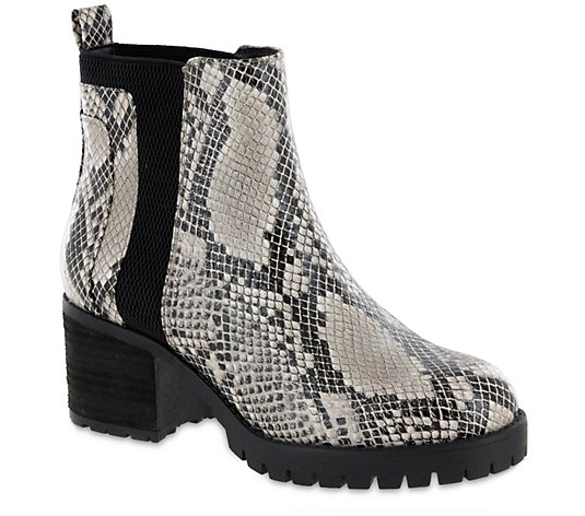 MIA Shoes Ankle Boots - Colten