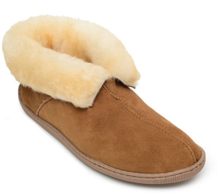 Minnetonka Men S Pull On Tan Ankle Boot Slippers