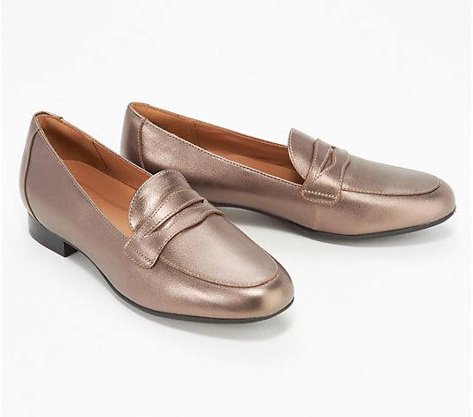 Clarks Unstructured Slip-On Penny Loafers - Un Blush Go