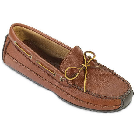 Minnetonka Men's Moosehide Weekend Moccasins