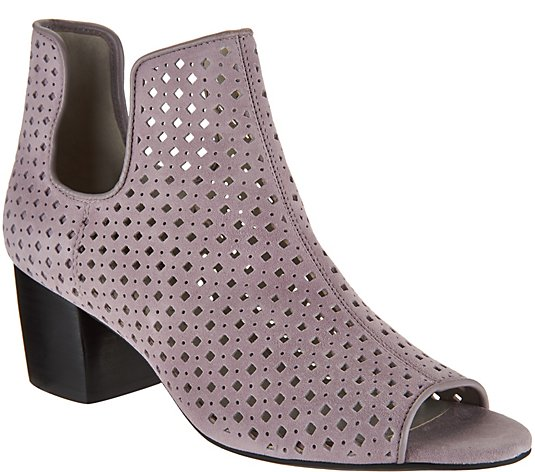 Lori Goldstein Collection Peep Toe Booties