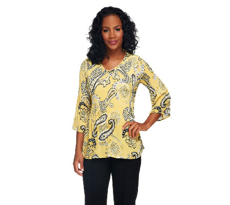 Sunny Leigh Release Pleat 3/4 Sleeve V-Neck Printed Top