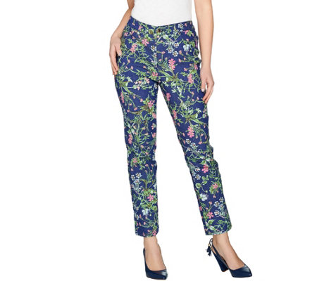 C. Wonder Regular Botanical Floral Print Ankle Jeans