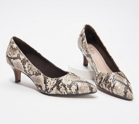 Clarks Collection Pointy Toe Pumps - Linvale Crown