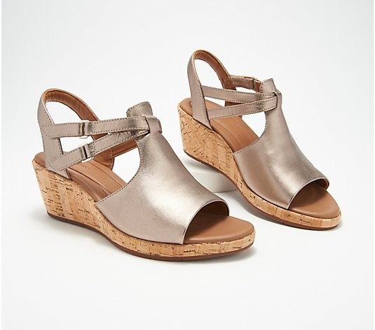 Clarks Unstructured Leather Wedge Sandals- Un Plaza Way