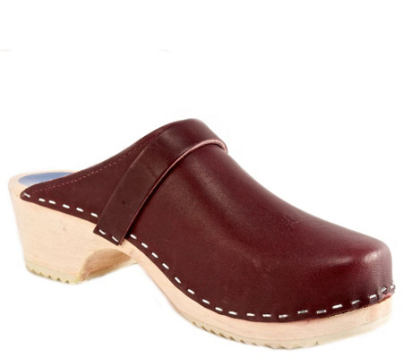 Cape Clogs Leather Clogs - Burgundy