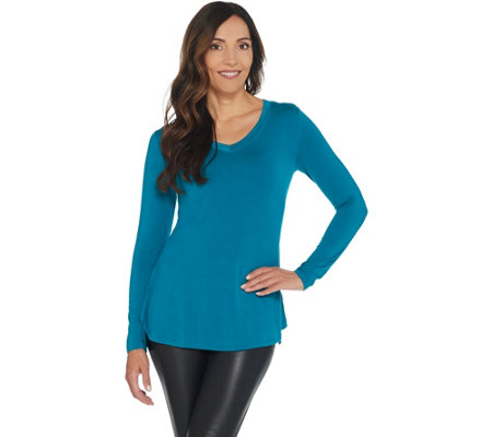 H by Halston Essentials V-Neck Long Sleeve Curved Hem Top