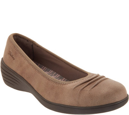 """As Is"" Skechers Skimmer Slip-On Wedges- Ruffled"