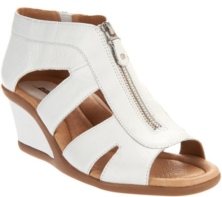 Earth Leather Zip-Up Wedges - Poppi