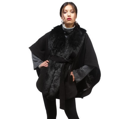Luxe Rachel Zoe Cape with Faux Fur Collar and Removeable Belt