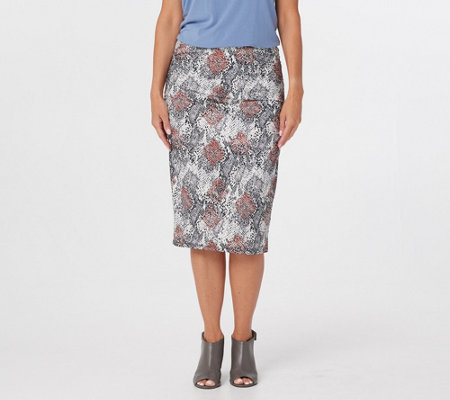 G.I.L.I. Print or Solid Ruched Pull-On Knit Skirt