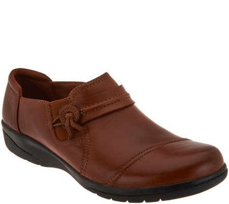"""As Is"" Clarks Leather Slip-on Shoes-Cheyn Madi"