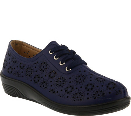 Flexus by Spring Step Perforated Lace-up Shoes- Energi