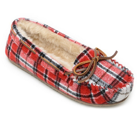 Minnetonka Women's Slip-On Moccasin Slipper - Plaid Cally