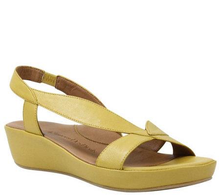 L Amour Des Pieds Leather Sandals Crotono