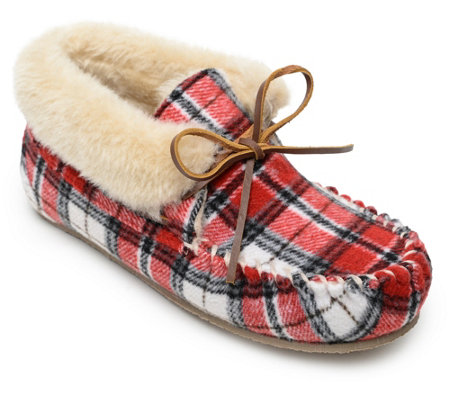 Minnetonka Women's Bootie Slippers - Plaid Chrissy