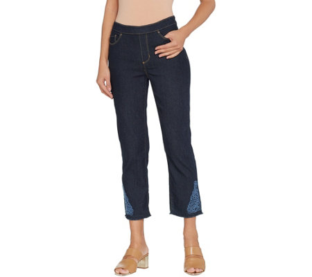 Susan Graver Petite Stretch Denim Pull On Crop Pants