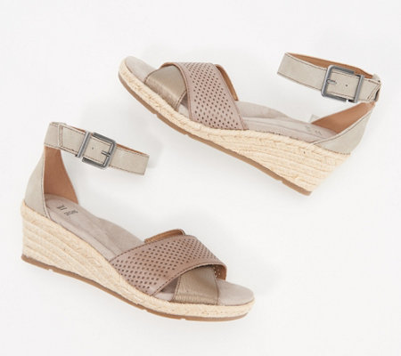 Earth Origins Leather Perforated Wedges - Naples Natasha