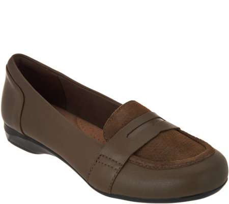 """As Is"" Clarks Leather Slip on Loafers - Kinzie Willow"