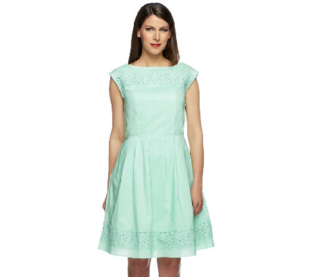 Isaac Mizrahi Live Eyelet Trim Short Sleeve Dress