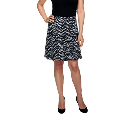 Susan Graver Liquid Knit Printed Pull-on Skort