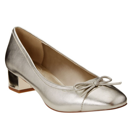 Bandolino Tailored Pumps - Xenica