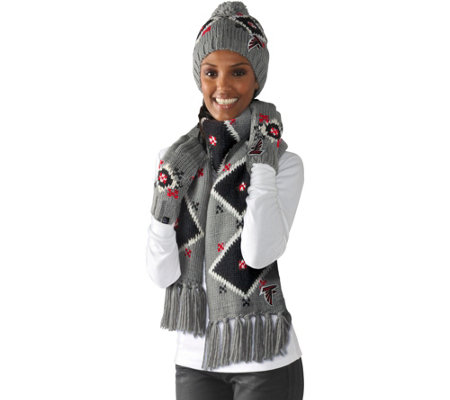 NFL Touch by Alyssa Milano Hat, Scarf and Glove Set