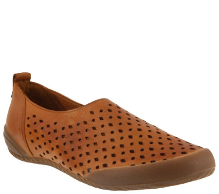 Spring Step Leather Slip-On Loafers - Hena