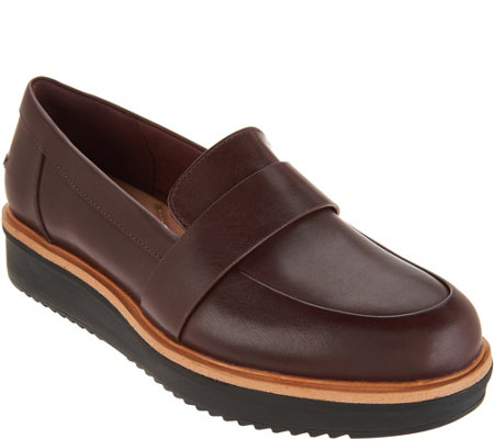 """As Is"" Clarks Artisan Leather Loafers Teadale Elsa"