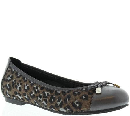 93298f0e6fbc Vionic Orthotic Leather Ballet Flats - Minna - Page 1 — QVC.com