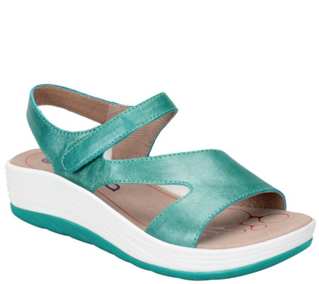 Bionica Leather Sandals - Cybele