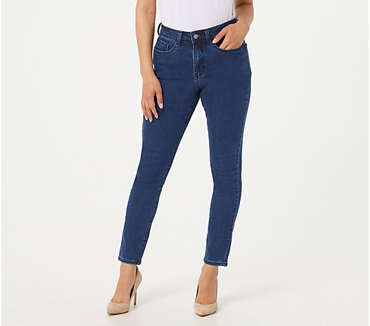 Women with Control Petite My Wonder Denim White Stain Resistant Jeans