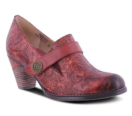 L'Artiste by Spring Step Etched Floral LeatherPumps - Huekiss