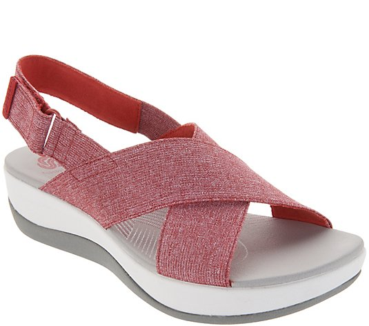 CLOUDSTEPPERS by Clarks Adjustable Sandals - Arla Kaydin