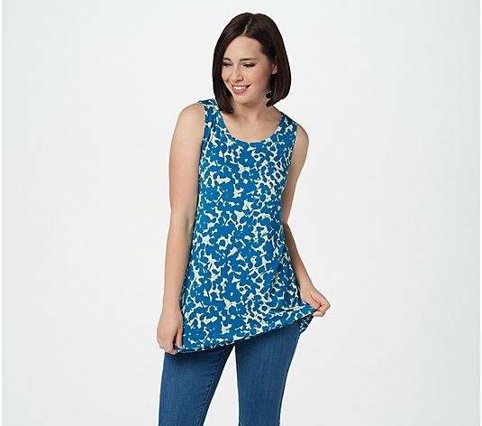 LOGO Layers by Lori Goldstein Printed Knit Straight Hem Tank