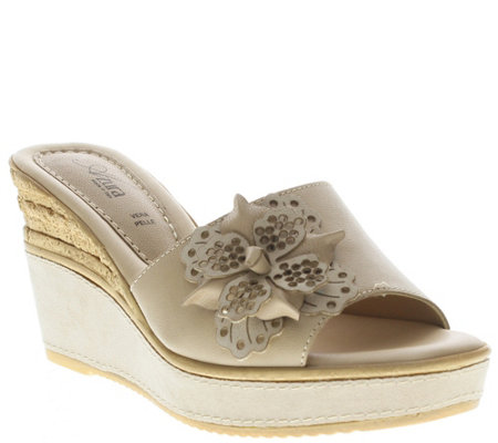 Azura by Spring Step Leather Slide Wedge Sandals - Montanara