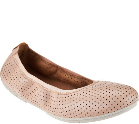 """As Is"" Clarks Unstructured Nubuck Leather Flats - Un.tract"