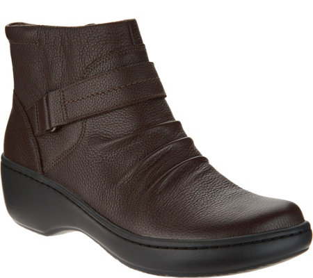"""As Is"" Clarks Leather Lightweight Ankle Boots- Delana Fairlee"