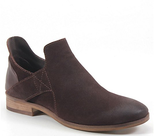 Diba True Pull-On Suede Booties - Make Up